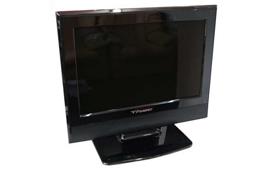 Phoeinx 15.4 inch LCD TV with DVD player. 12/240V